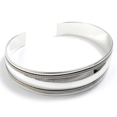 Smooth Silver Bangle with Plaited Border - Silver Bracelets - Boutique Nirvana