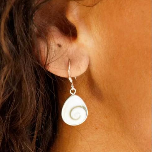 Boucles d'oreilles St. Lucie pendantes