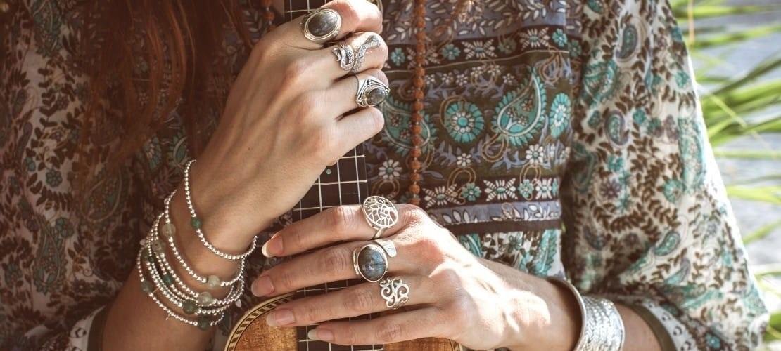 Category PIERRES FINES* - Boutique Nirvana : Bague réglable pierre contour argent , Silver ring with gems