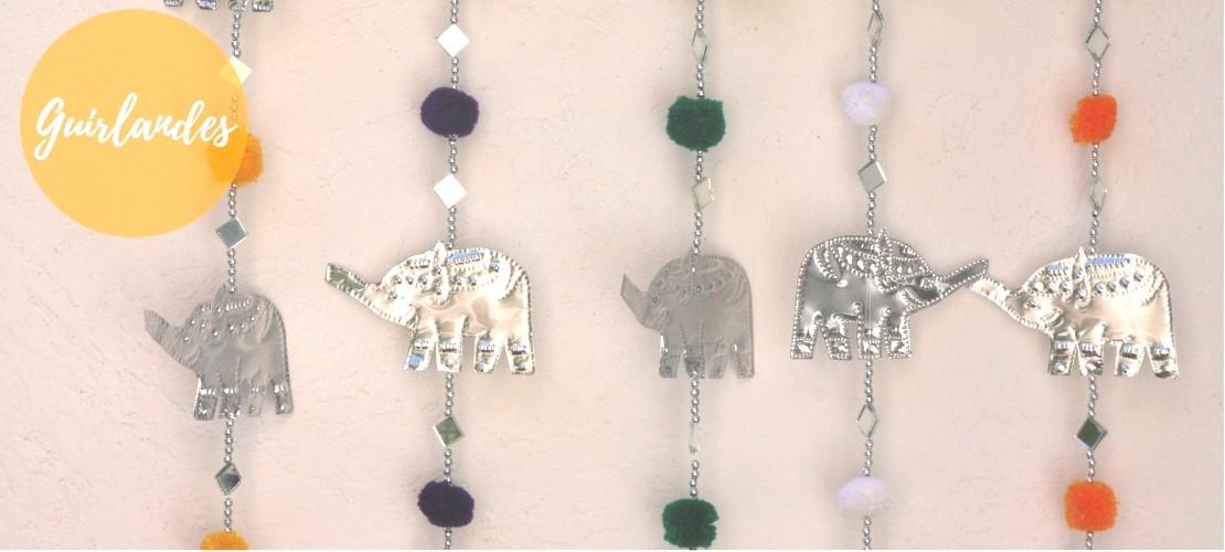 Catégorie GUIRLANDES - Boutique Nirvana : Guirlande coeurs et miroirs , Guirlande éléphants et miroirs , Guirlande étoiles et...